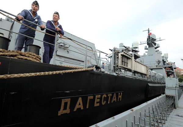 Ракетные корабли ВМФ России совершат визит в Баку2