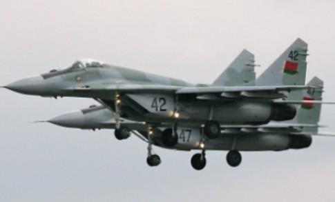 Россия создаст в Белоруссии авиабазу с истребителями Су-27 в 2016 году5