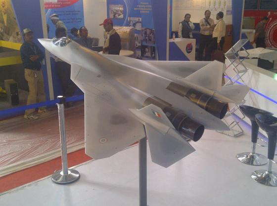 модель истребителя пятого поколения