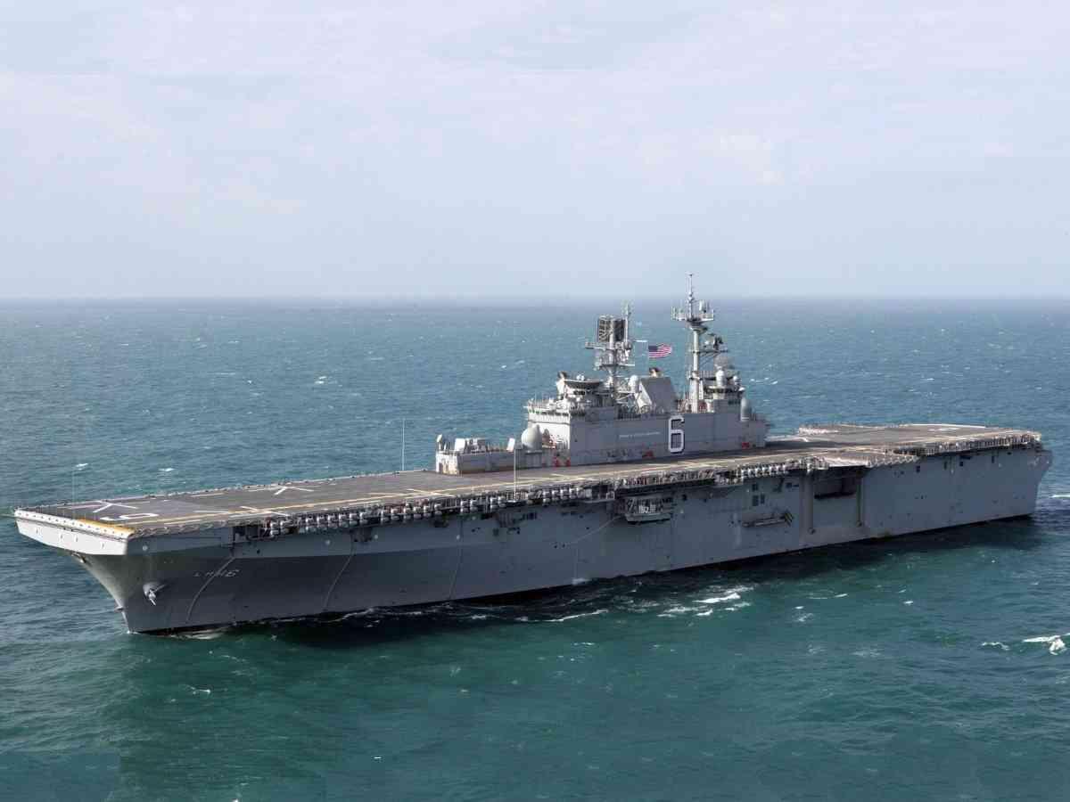 Десантный корабль «Америка» прибыл в Cан-франциско для церемонии