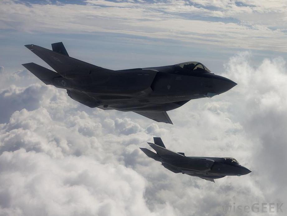 two-f-35-lightning-ii-fighters-in-flight