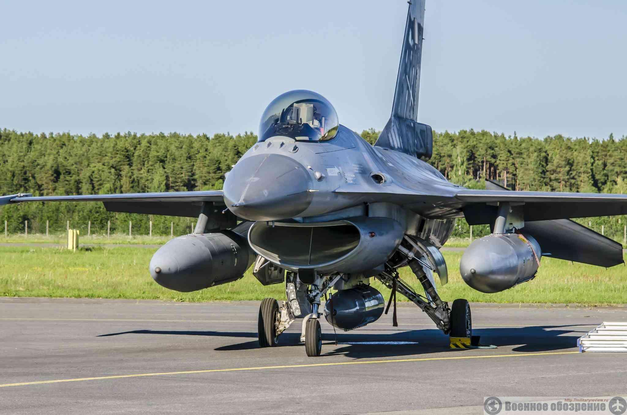 Пакистан усилил парк истребителей иорданскими F-16