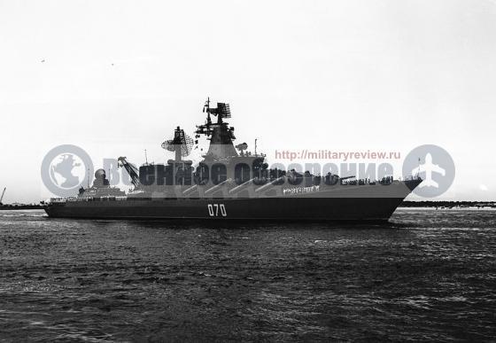 """Ракетный крейсер """"Маршал Устинов"""" выйдет из ремонта в этом году"""