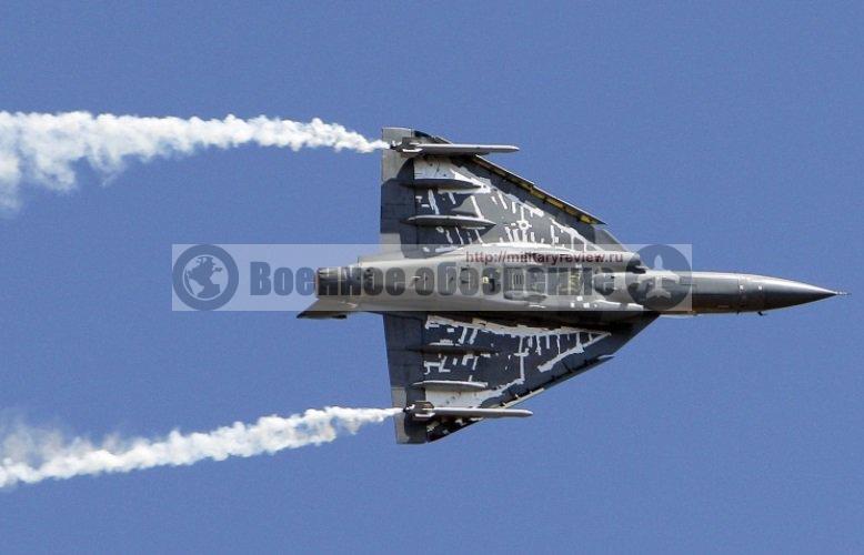 Индия испытала прототип палубной версии истребителя «Tejas»