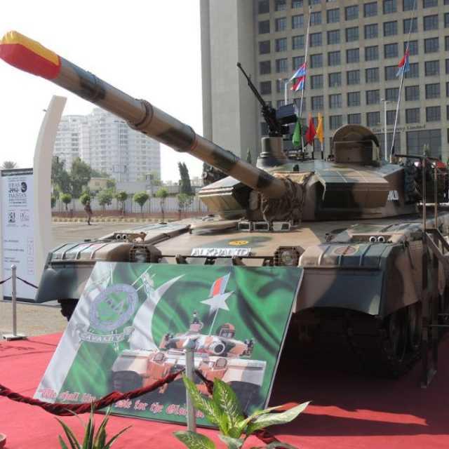 """Танк """"Аль Халид"""" (MBT-2000)"""
