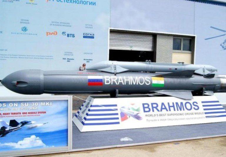 Минобороны Индии вооружит ракетами «БраМос» 3 авиаполка Су-30МКИ