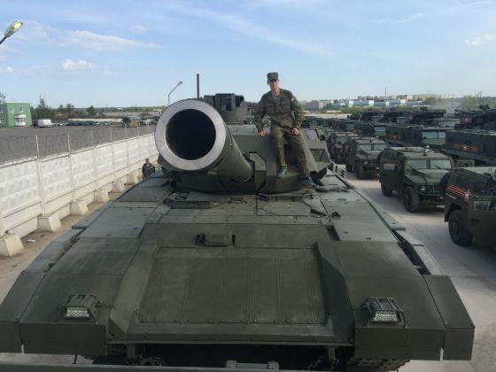 Устаревшая пушка танка Т-14 Армата