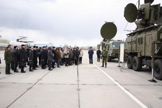 Автоматизированную систему управления войсками РЭБ протестируют на учениях