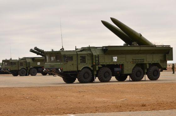 Боевые пуски из Искандер-М на 300 км прошли в ходе учений на юге РФ
