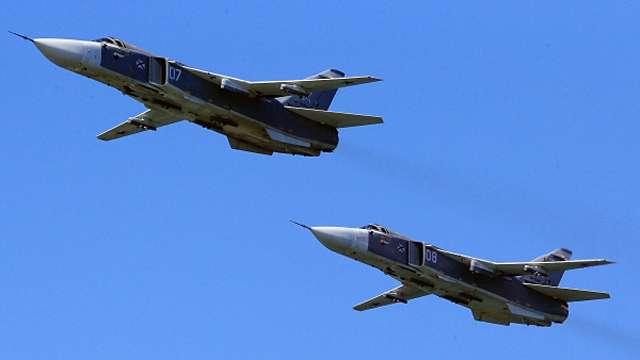 В небе над Сирией замечены бомбардировщики в российской раскраске