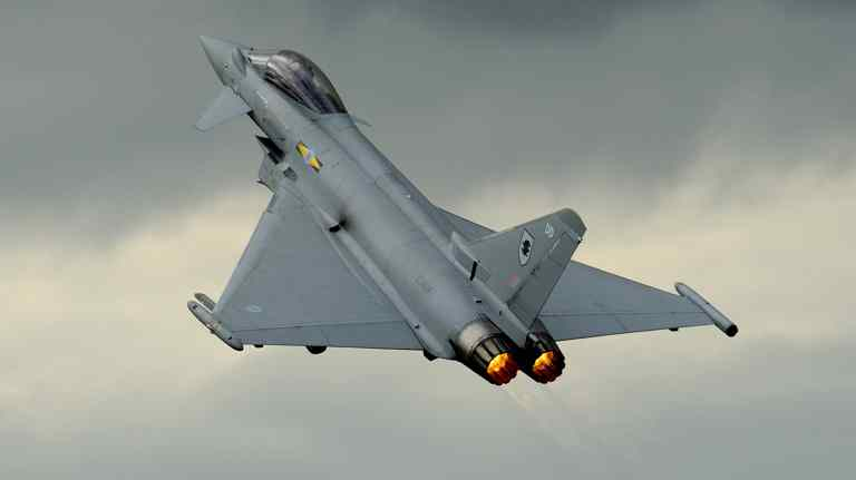Кувейт приобретает 28 истребителей Eurofighter Typhoon