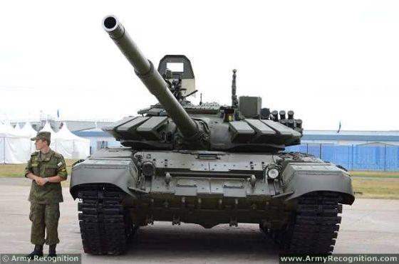 Путин пообщался с конструкторами и участниками учений под Оренбургом