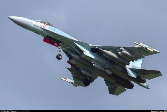 F-35 беспомощен против Cу-35 без поддержки других истребителей