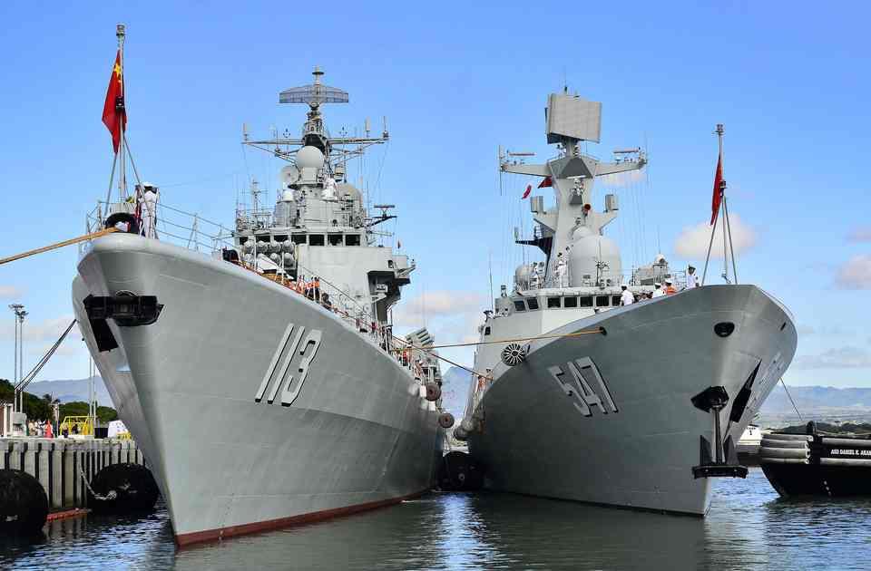 США и Китай готовятся к столкновению в Южно-Китайском море
