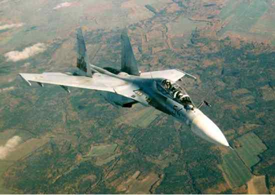 Российский самолет вторгся в воздушное пространство Турции по ошибке