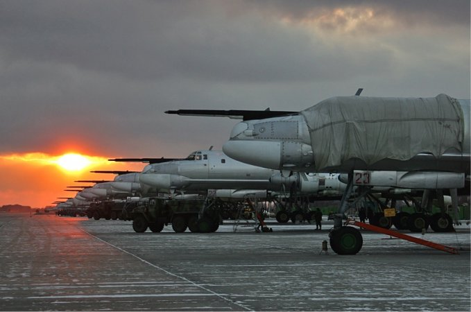 Новая полоса под Саратовом на базе стратегических бомбардировщиков