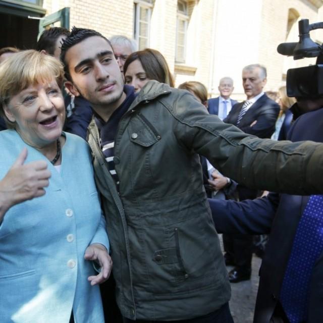 Беженцы Ангелы Меркель сделали жизнь в Германии невыносимой.