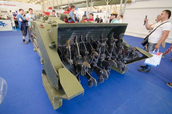 """Военные инженерно-саперной бригады Минобороны получат новых роботов """"Уран-14"""""""