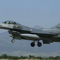 Турецкая авиация бомбит курдские районы на севере Ирака