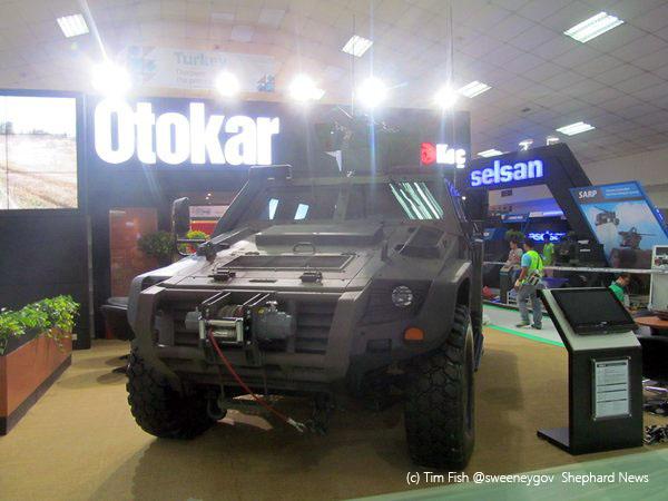 Турецкая компания Otokar показала бронемашину Cobra II на выставке «DSA-2016»