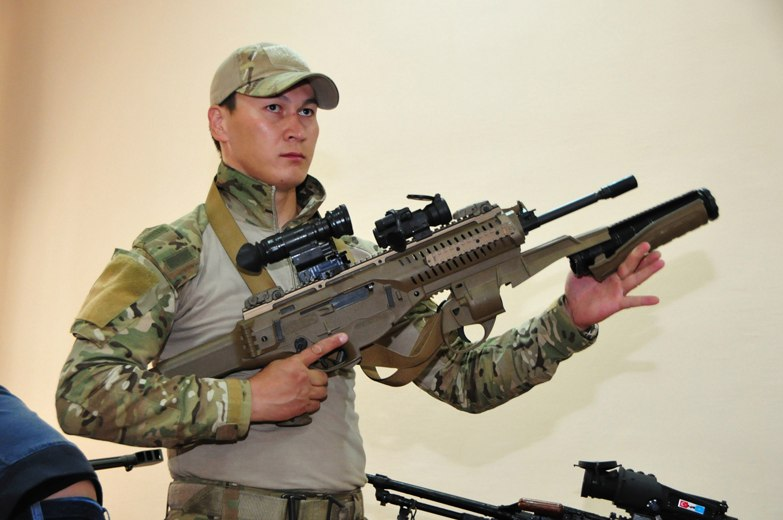 Штурмовая винтовка Beretta ARX-160А2 сил специальных операций Казахстана