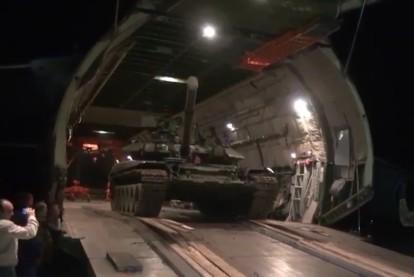 Россия передала Армении танк Т-90С выигранный в танковом биатлоне 2014 года