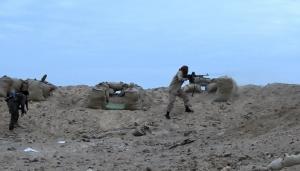 Кадры ожесточенных боев в районе Дейр-эз-Зора, где ИГИЛ пытается захватить авиабазу сирийской армии