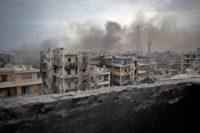 Под Дамаском более 2 тысяч боевиков сложили оружие: исламистам разрешили уехать с семьями и вернуться к мирной жизни - Генштаб РФ