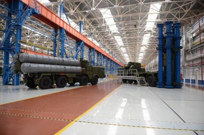 """Концерн """"Алмаз-Антей"""" займется всеми объектами воздушно-космической обороны"""